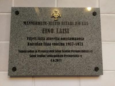 Mannerheimristin ritarin, Eino Laisin muistolaatta.
