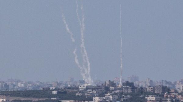 Ataque masivo con cohetes desde Gaza