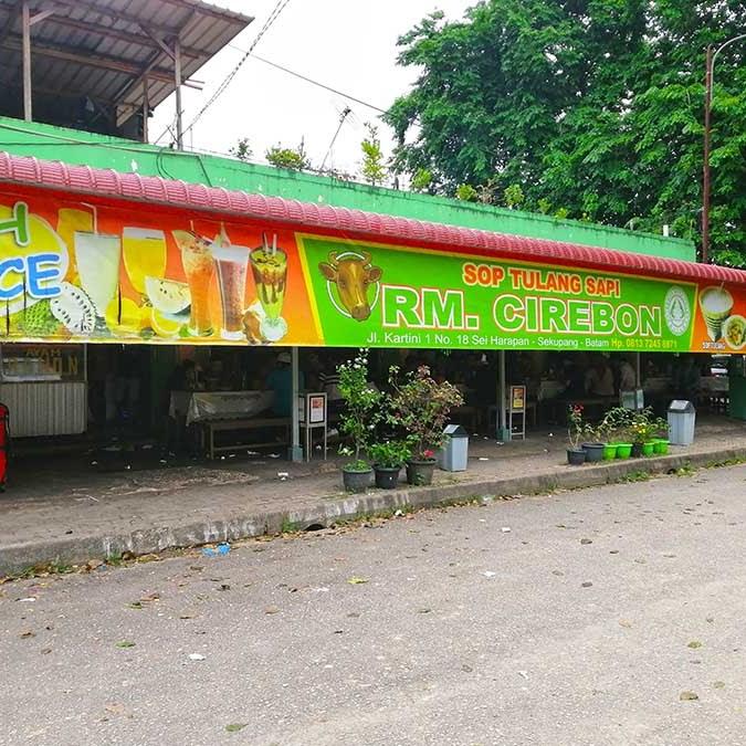 Menjajal Sop Tulang Sapi yang Enak di RM Cirebon Sekupang Batam