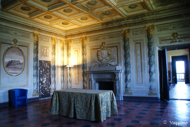 Le elenganti sale del primo piano di Palazzo Orsini