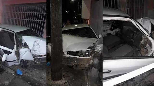 Motorista fica gravemente ferido, após bater contra um poste em Andradas(MG)