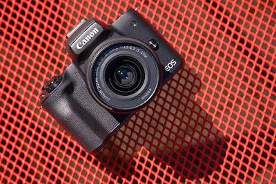 Canon EOS KISS M DSLR Firmware Latest Driverをダウンロード