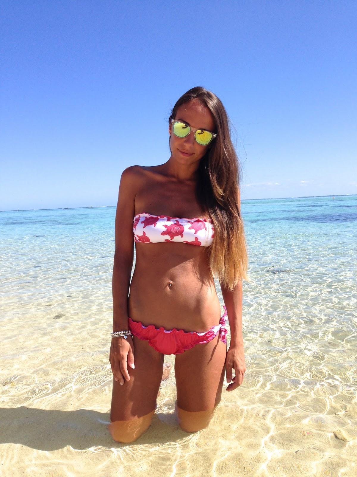 Mooreawith Love Beach Online