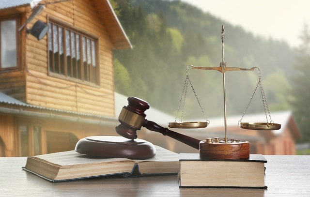 benefits hiring real estate attorney hire property lawyer