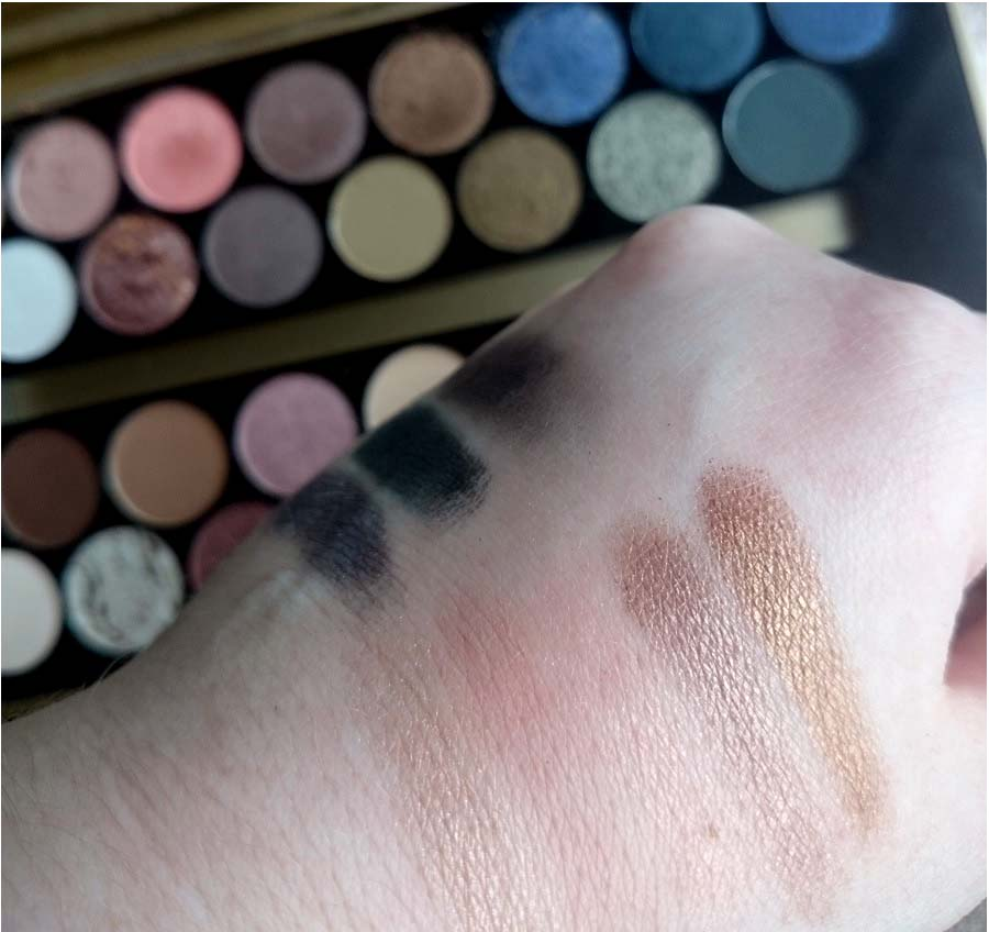 MUR, Fortune Favours the Brave, Swatches, Beauty blog