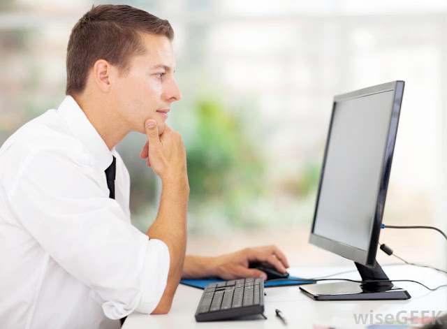 Cara Agar Tubuh Tetap Sehat Meskipun Seharian Di Depan Komputer