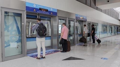 Free Internal Train at Jeddah Airport to Transport International Passengers