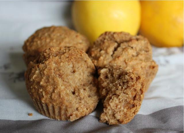 https://cuillereetsaladier.blogspot.com/2014/04/muffins-au-citron-et-farine-complete.html
