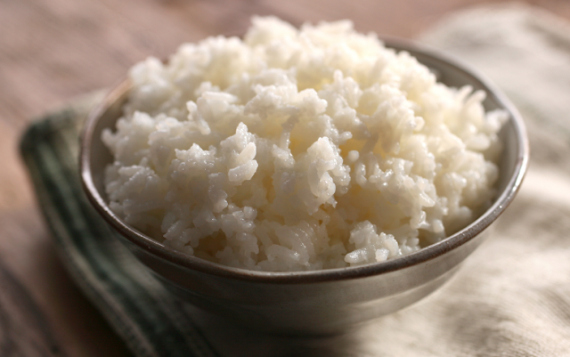 Ini Sebabnya Perut Rasa Belum Kenyang Selagi Tak Makan Nasi