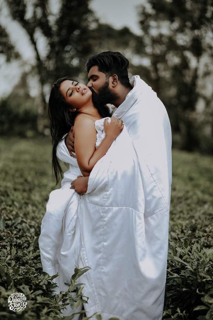 Couple sharing love, Photoshoot