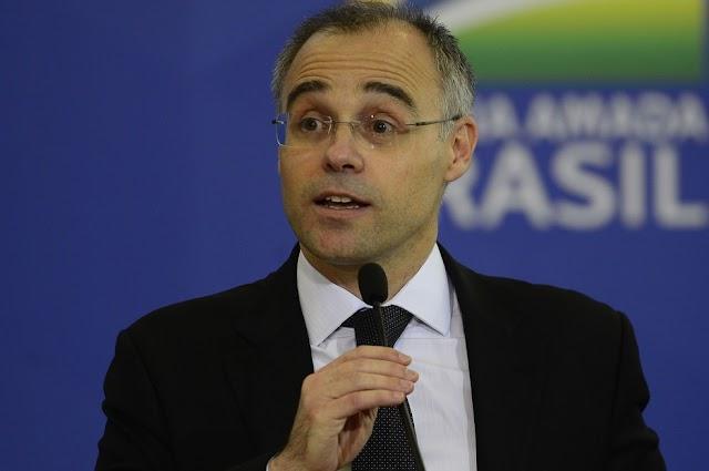 BRASIL-'Traficantes de drogas devem permanecer presos', diz ministro André Mendonça