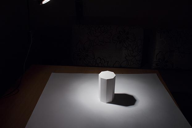 15-свет-и-тень-на-белой-призме