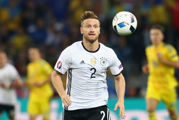 Berita Transfer: Arsenal Mungkin Dapatkan Shkodran Mustafi