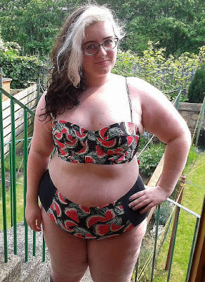 Pictures of curvy fat girls