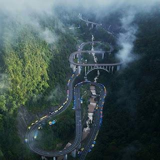 Jembatan Kelok Sembilan Sumatera Barat