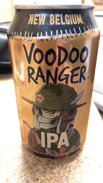 Eine Dose Voodoo Ranger IPA von New Belgium