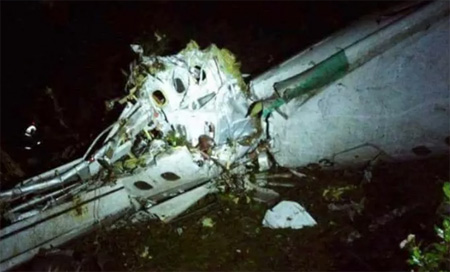 Colombia plane crash: 76 killed, 5 survivors from plane carrying Chapecoense footballers