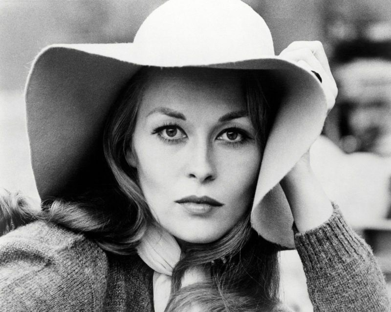 Fascinating Photos of Faye Dunaway in the '70s