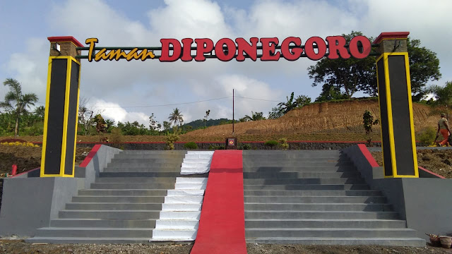 Serbuan Teritorial Korem 071 Wijayakusuma Berhasil Bongkar Bukit Menjadi Sentra Ekonomi Masyarakat