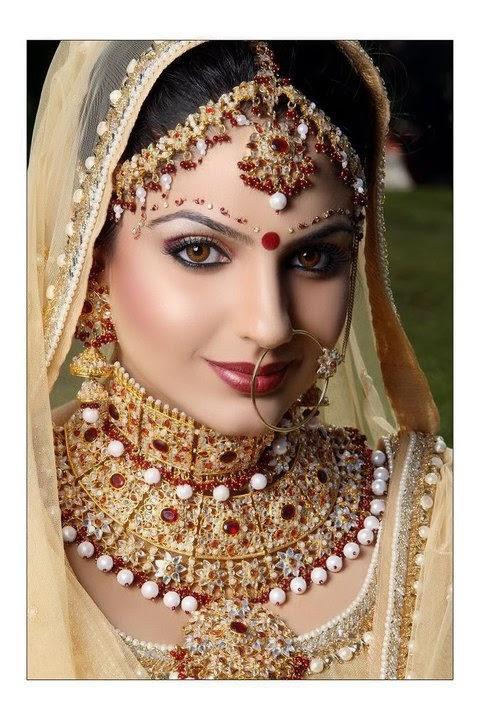 bridal khaira japji punjabi indian looks makeup bride punjaban suit desicomments kudi sohni suits beauty weddings dresses trend jewellery sarees