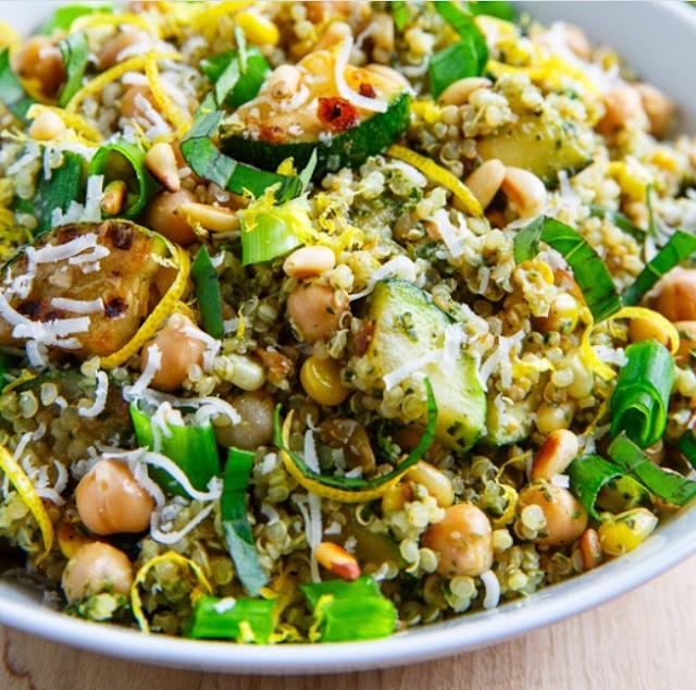 Pesto Zucchini and Corn Quinoa Salad #vegan #healthy