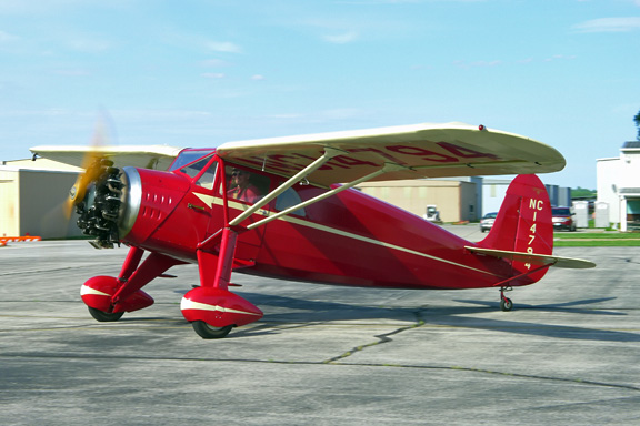 Flying antique airplanes for American classic homes waco