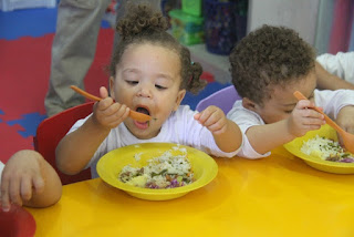 Merenda municipal da Ilha serve oito mil refeições por dia