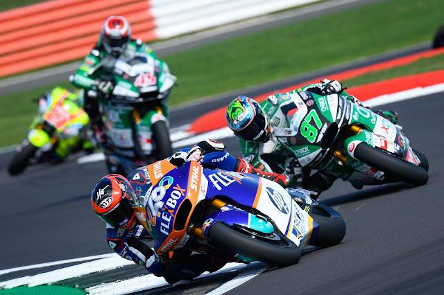 Augusto Fernandez volta a vencer na Moto2 e pula para vice-liderança