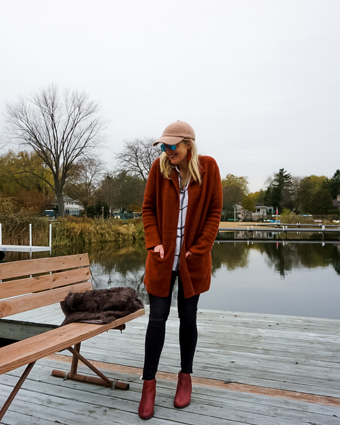 Simple & Stylish Thanksgiving Outfit