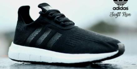Sepatu Adidas Lari