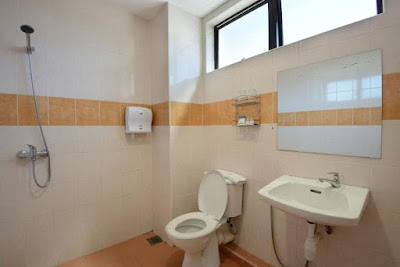 Toilet Hotel Grand Inn Penang Malaysia
