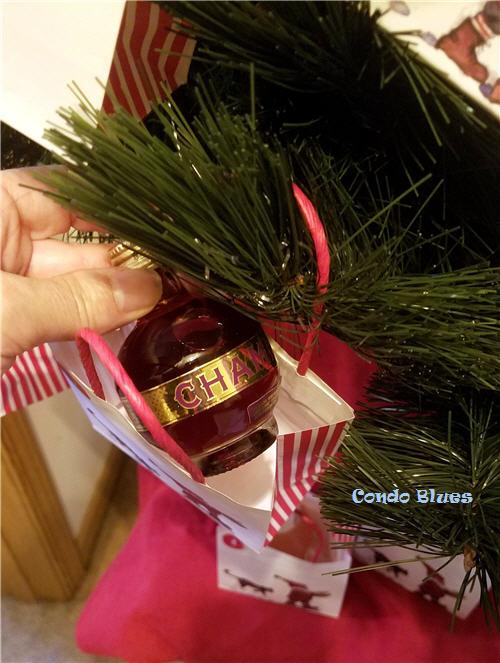 how to make a liquor advent calendar