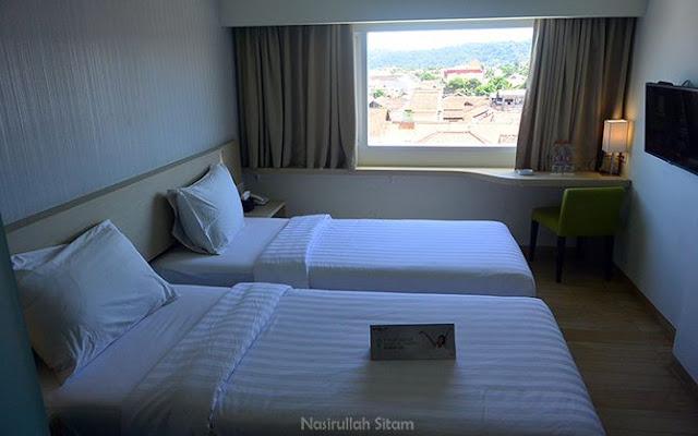 Kamar di Whiz Hotel Sudirman Cilacap