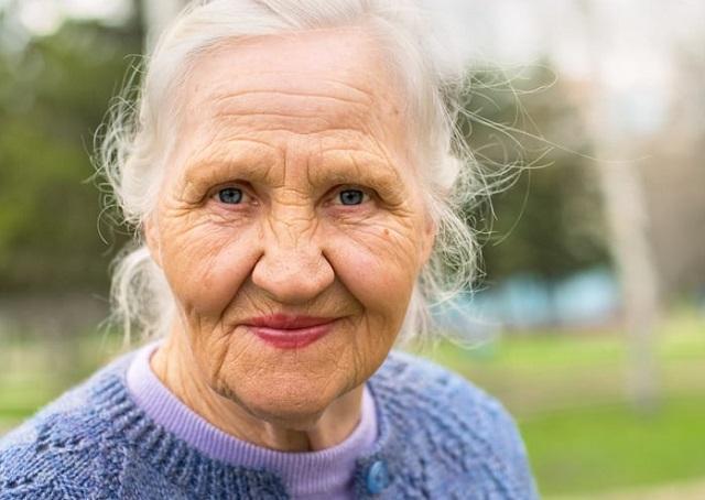common skin conditions elderly skincare