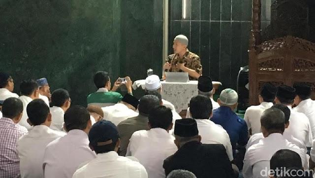 Parah, Kepala BKD DKI Mengaku Tak Tahu Felix Siauw Pernah di HTI