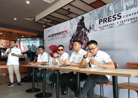 New Honda CB150 Streetfire & New Honda CBR250RR Ramaikan Pasar Motor Sport di Sumsel
