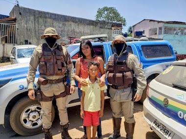 PMs salvam a vida de criança engasgada com pirulito em Pindobaçu