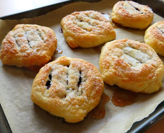 Banbury Cakes