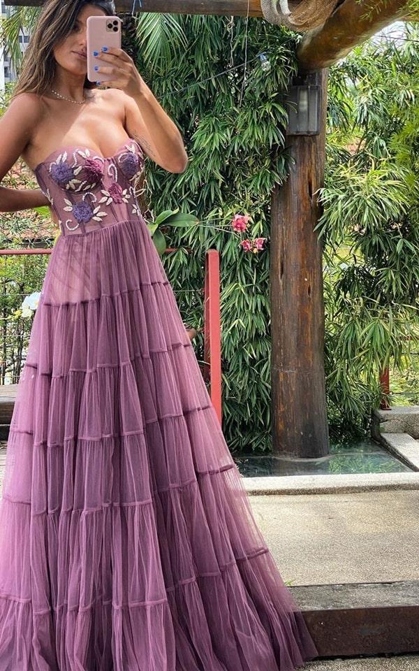 vestido de festa longo cor roxo uva para madrinha de casamento