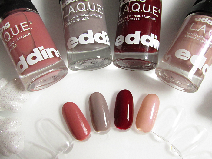 Swatches edding L.A.Q.U.E. Nagellacke mad mistyrose, greedy grey, beautiful berry, pure powder