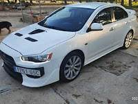 Foto Mitsubishi Lancer Pro Evolution X Modifikasi Warna Putih