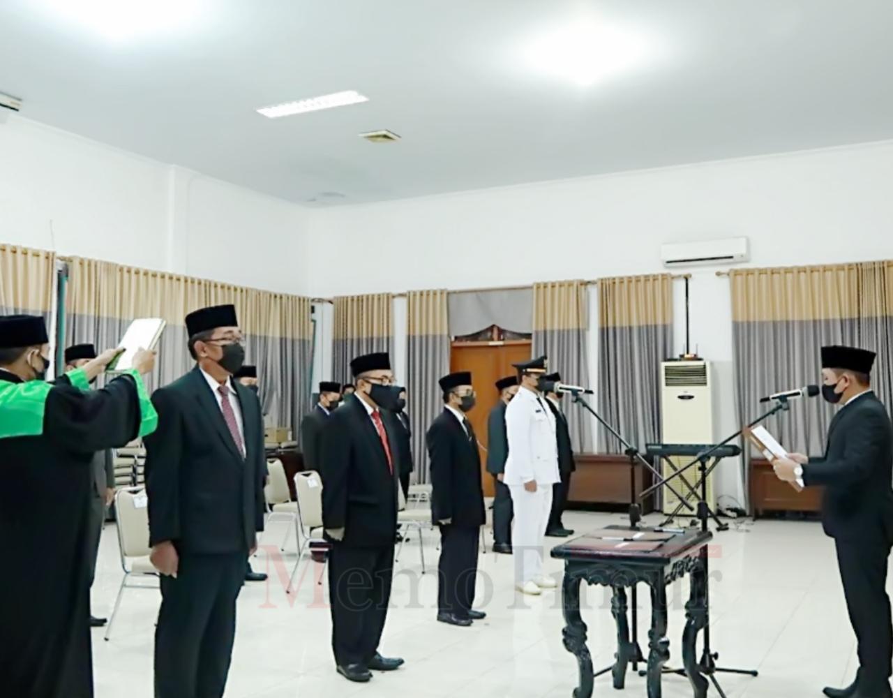 Camat Pronojiwo Diganti Abdillah Irsyad