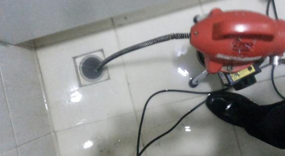 jasa saluran kamar mandi mampet jakarta timur