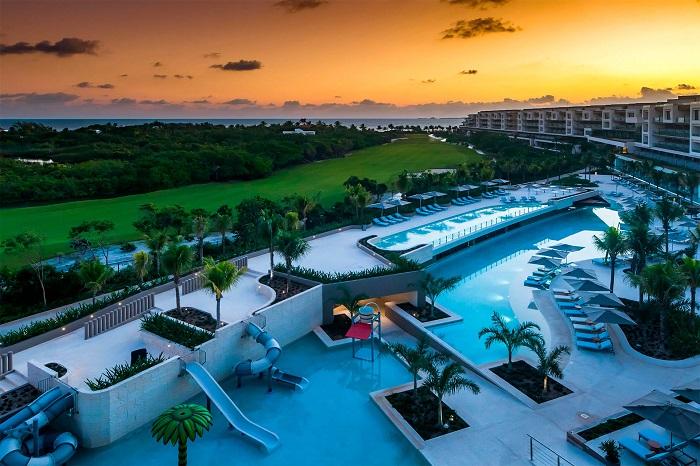 ESTUDIO Playa Mujeres Kids Swimming Pool
