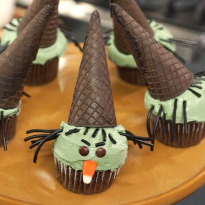 Hd wallpapers blog halloween witch cupcakes - Halloween decorations for cupcakes ...