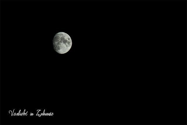 2in1 Photoday: Für die Fotomontage nehme ich dieses Bild vom Mond als Grundlage