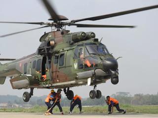 Latihan Giant Flag Underslung Operation