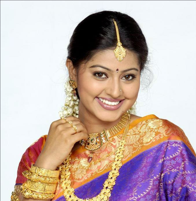 Profile And Biography Of Tamil Actress Sneha
