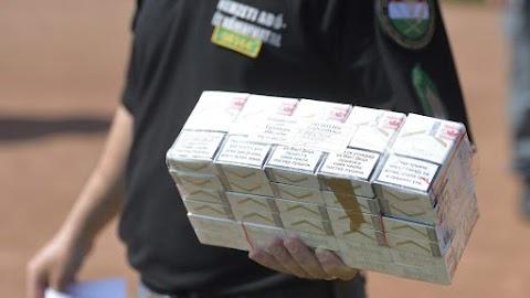 Nyolcmillió forintnyi csempészcigarettával bukott le egy férfi