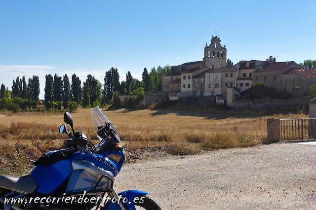 Entrada a Urueñas, Segovia